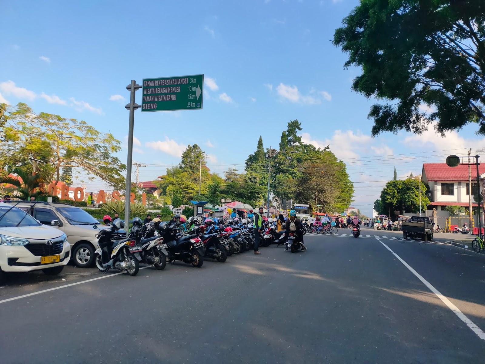 Parkiran Di Alun-Alun Wonosobo Menurut Disperkimhub Ilegal