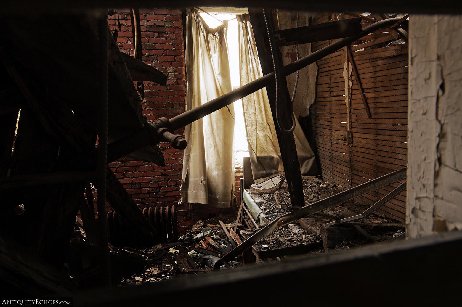 Brownsville General Hospital - Splintered