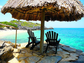bliss beach, best roatan weather, paya bay resort, chillout stations, beauty, the black iguana, beach bar, naturism,