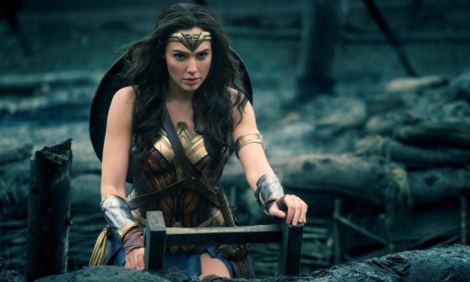"""Novo trailer de """"Mulher Maravilha"""" coloca a Princesa Amazona na batalha"""
