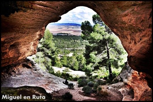 Cueva-de-la-Horadada-Monte-Arabí-Yecla