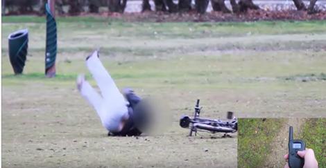 Il lui vole son vélo et se fait électrocuter brutalement (vidéo)