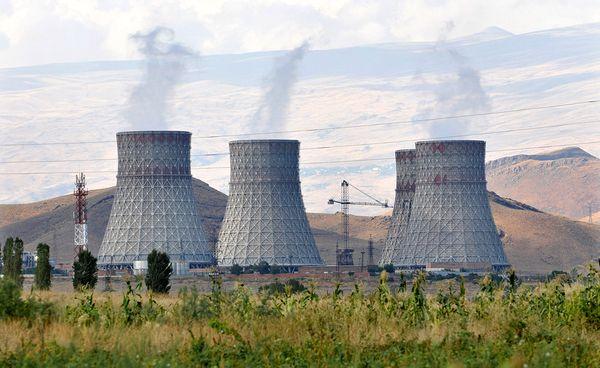 Armenia rechaza préstamo de Rusia para energía nuclear
