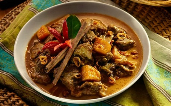 Spicy Beef Opor Curry