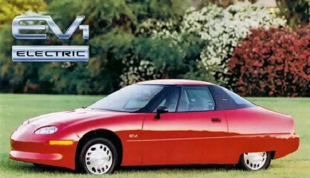 mobil listrik pertama di dunia