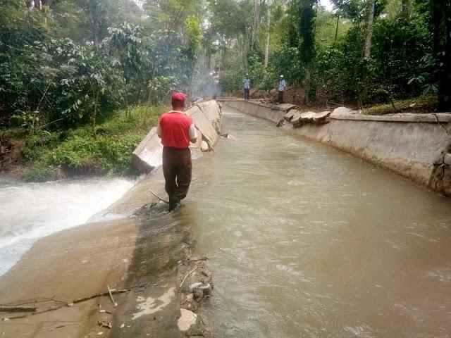 Proyek Pembangunan Peningkatan Irigasi Diduga Asalan dan Tidak Sesuai RAB