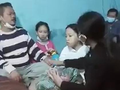 Sedih Banget, Bocah Meratap di Depan Jenazah Ibunya: Ndak Bisa Bobo Aku Mak, Tinggal Kelas Nanti Aku