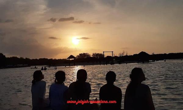 akomodasi selama wisata pulau pari