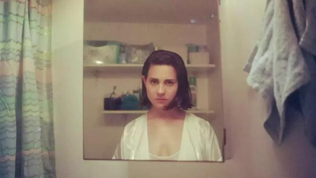 """""""Acá Entera"""": Vicenta da pistas de su intimidad musical en su más reciente videoclip"""