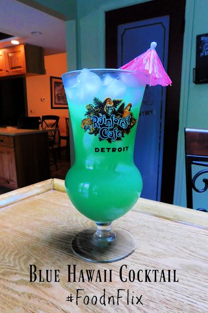 Blue Hawaii Cocktail pin