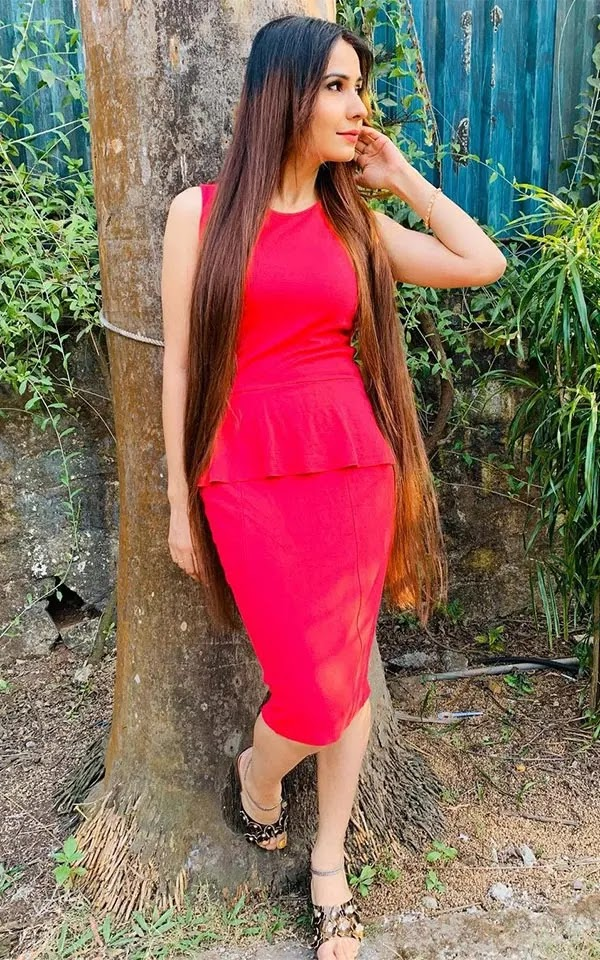 Hot photos of Pinky Singh - wiki bio, TV shows, films, Instagram, photoshoots and more