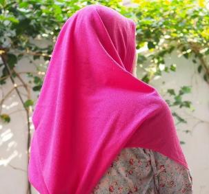 Rekomendasi Jilbab yang Cocok untuk Wajah BulatyangKamu