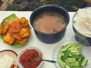 Tradisi Makan Botram Ala Orang Sunda