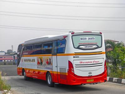 Foto Bus Harapan Jaya Madiun Jakarta
