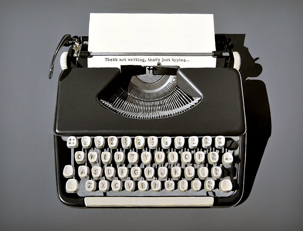 11-Vintage-typewriter-Peter-Slade-Hyper-Realistic-Paintings-Acrylic-on-Canvas-www-designstack-co