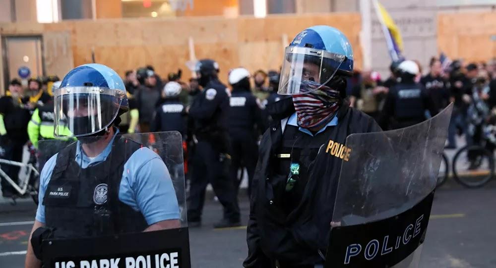 إصابات خلال احتجاجات سياسية عنيفة في واشنطن