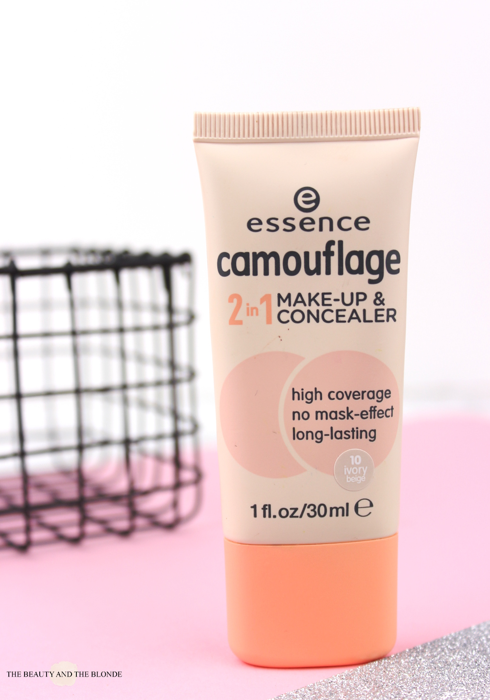 essence Camouflage 2in1 Makeup & Concealer