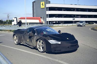 Ferrari SF90 Hitam
