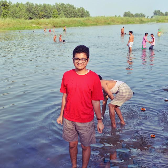 shukratal, shukteerth, haidarpur wetland, muzaffarnagar, kawad, shivratri, ganga, khadar, alluvial, hastinapur van range, hastinapur wildflife sanctuary, mahabharata, kuruvansh, chandra vansh, pandavas, kauravas, gita, bhagvat katha, bhagwat puran, bhopa, morna, ganga barrage, near bijnor, near delhi, near meerut, near dehradun, in uttar pradesh, in india, ganesh dham, hanumattdham, vanar, bandar, monkeys, greenery, birds, animals, species, CM, Yogi Adityanath, Swami Kalyandev, boating, Shiv Sangal, travel blogger, Shri Devkinandan Thakur