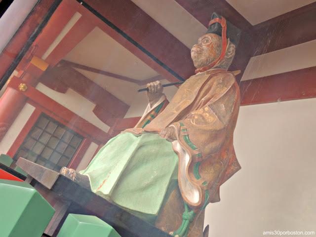 Escultura de Mono en el Santuario Hie en Tokio