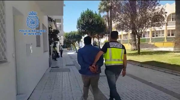أخيرا...الأمن الإسباني يفك لغز العثور على شاب مغربي مقتولا رميا بالرصاص داخل شاحنته نواحي مالقة