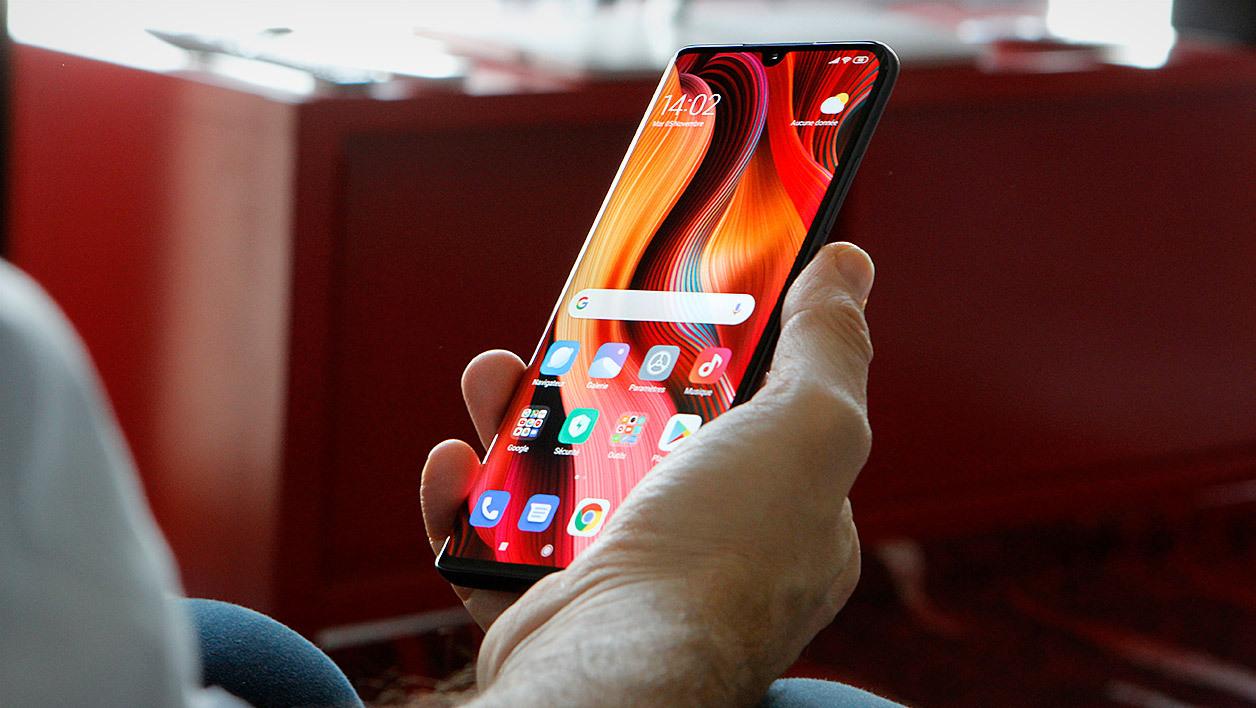 هاتف Xiaomi Mi Note 10 بدأ بتلقي تحديث Android 10 مع واجهة MIUI 10