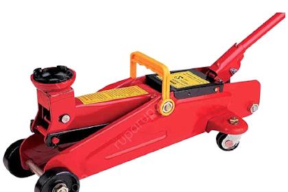 Cara Mengangkat Motor Dengan Jack Lantai