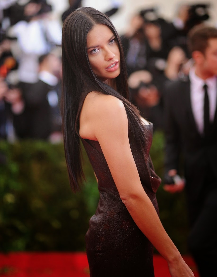 Brazilian Victoria's Secret Fashion Show Model Actress Adriana Lima Full HD Photos & Wallpapers