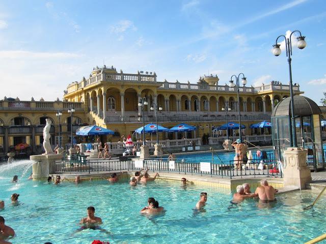 baños Budapest, Széchenyi fürdo, Széchenyi balneario