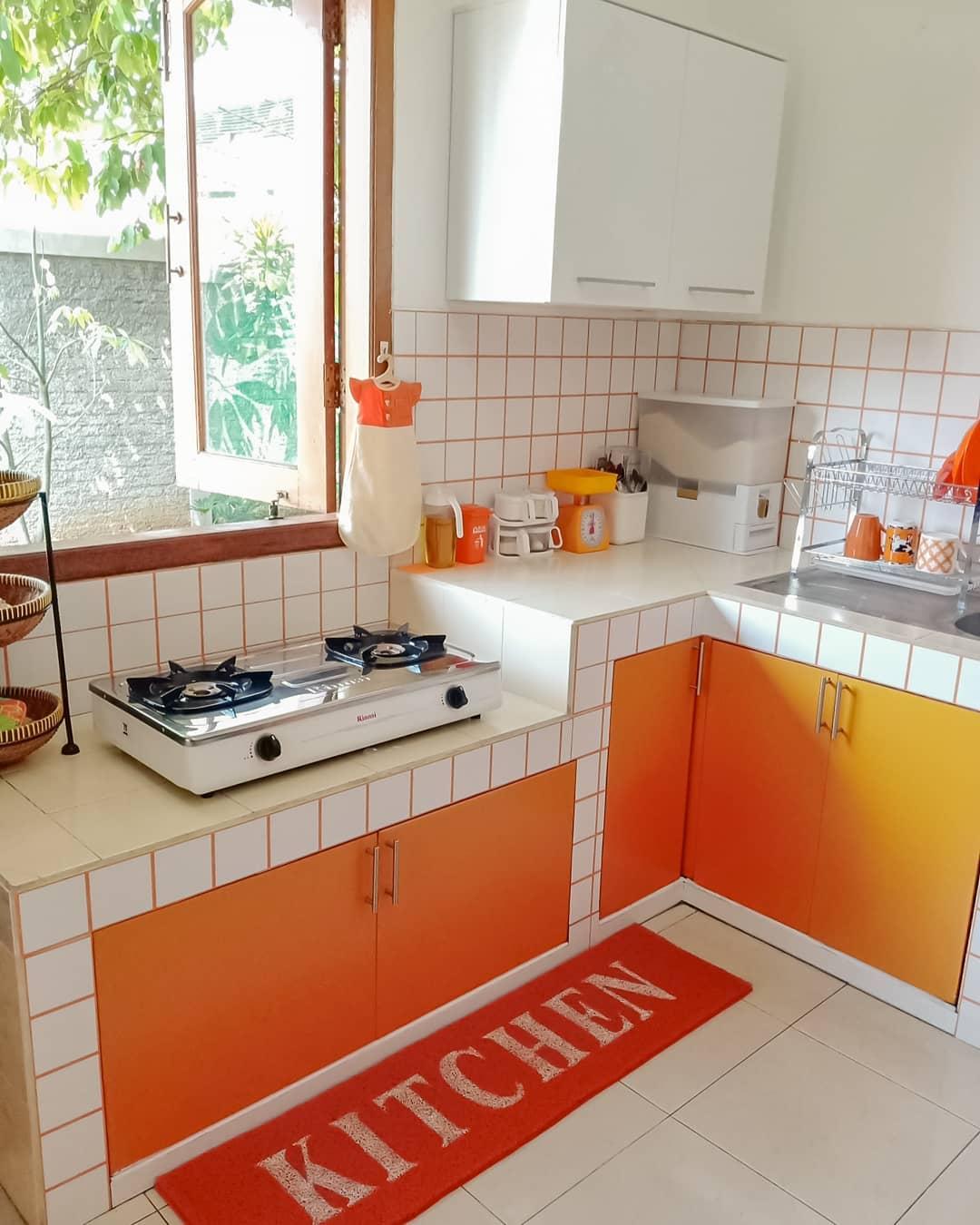 Kumpulan Contoh Model Desain Dapur Sederhana Di Lahan Yang Terbatas Homeshabby Com Design Home Plans Home Decorating And Interior Design