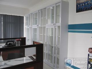 Lemari Arsip Pintu Sliding Dan Pintu Swing + Furniture Semarang
