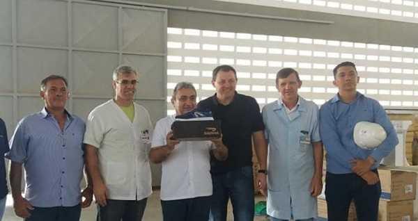 Topshoes de Quixeré já produz seus primeiros pares de tênis