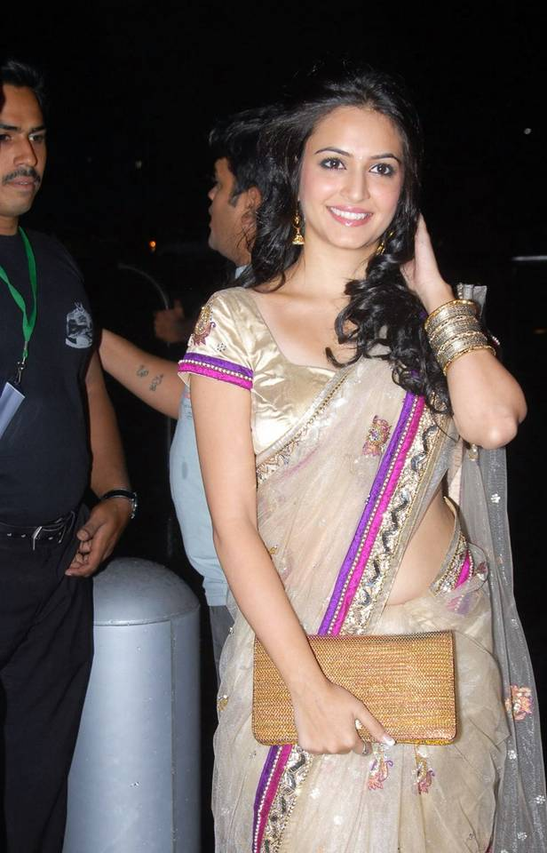 Kriti Kharbanda Hot Navel Show Stills in White Saree