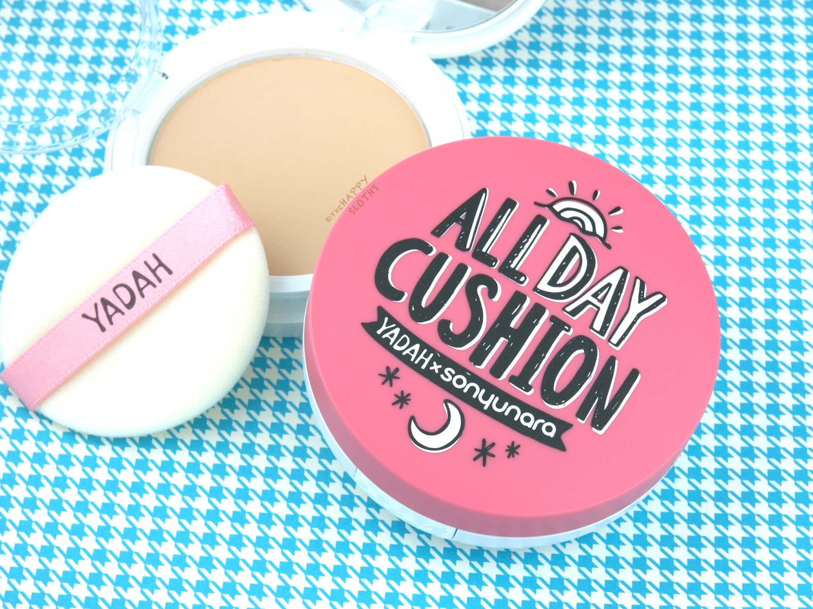 "Yadah x SONYUNARA All Day Cushion Foundation in ""21 Light Beige"""
