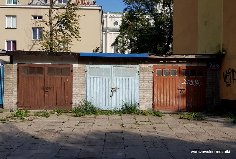 garaż Warszawa Warsaw Praga Południe Grochów ulice warszawskie architektura architecture zabudowa