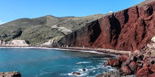 الشاطئ الاحمر Red Beach