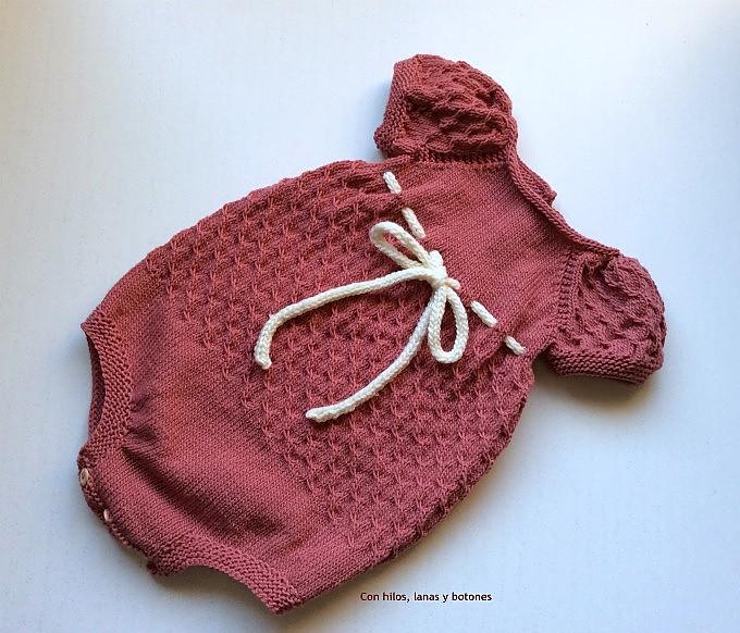 Con hilos, lanas y botones: Urban Girl Suit (Be Charmed av JMHK)