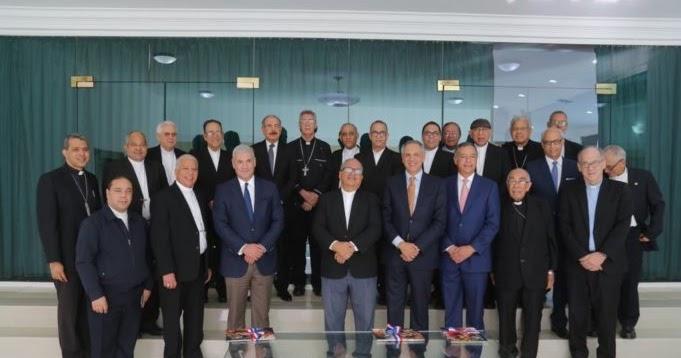Presidente Medina sostiene encuentro con obispos para tratar situación del turismo