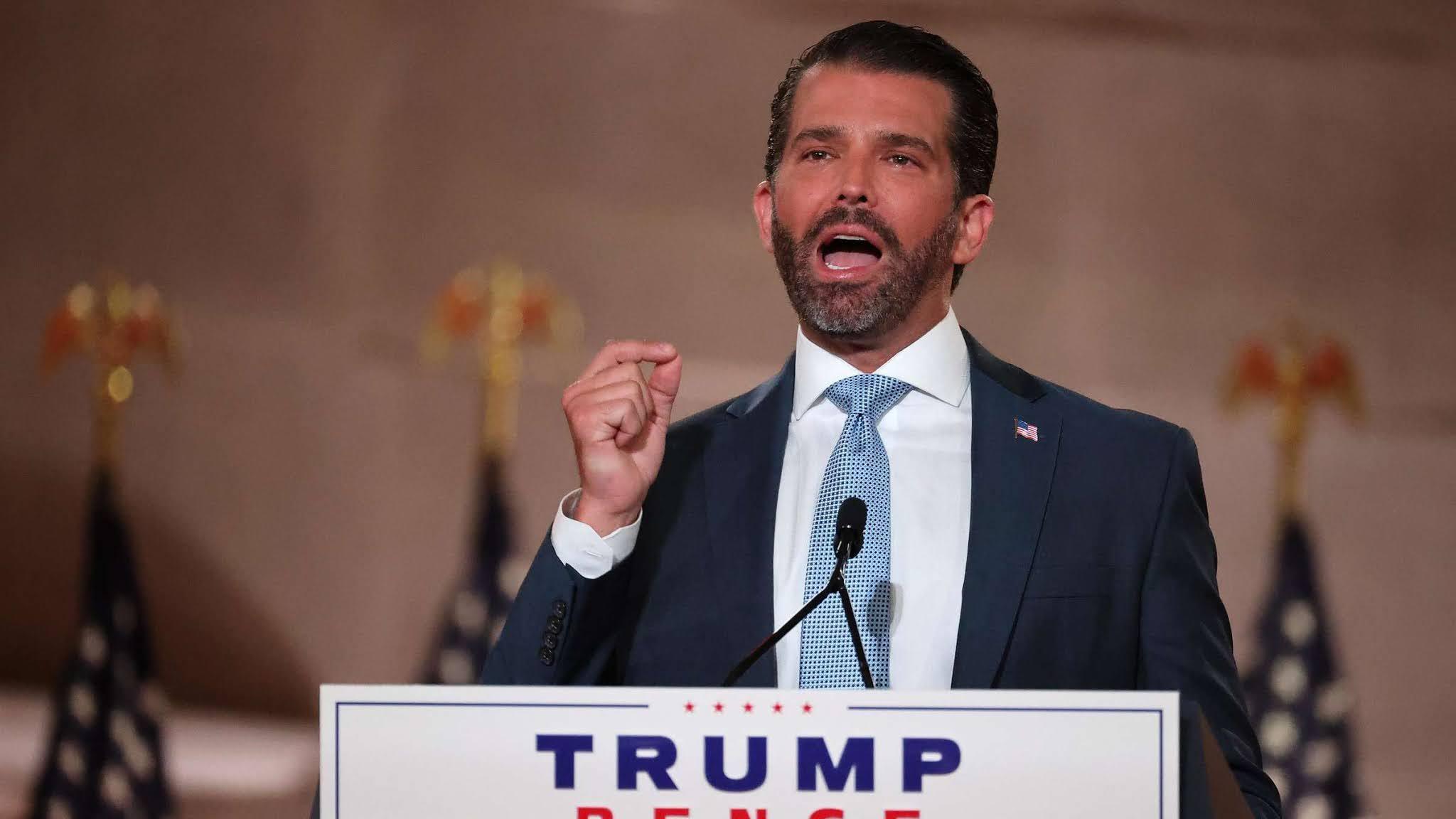 """Trump dice que su hijo mayor está """"muy bien"""" tras contraer coronavirus"""