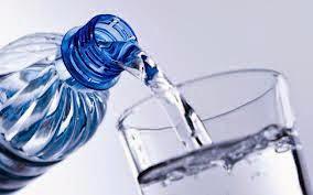 Porque água tem prazo de validade? (Imagem: Reprodução/Internet)