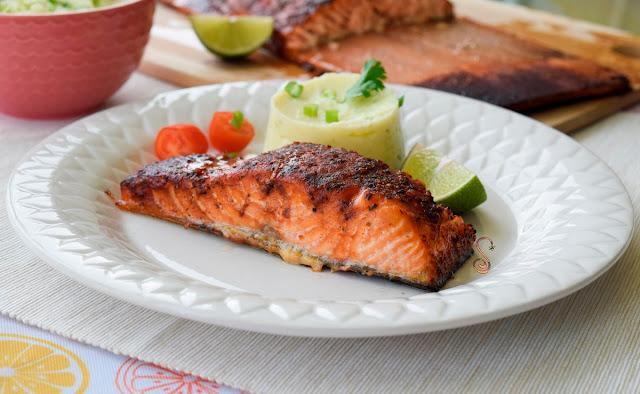 Salmón al horno con puré de coliflor