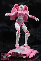 Transformers Kingdom Arcee 18