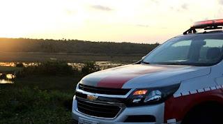 Policiais do 4º BPM encontram droga dentro de veículo e prendem condutor por posse de entorpecente em Araçagi