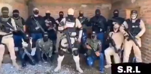 VIDEO.- Esto es lo que queda de El Cártel de Santa Rosa de Lima dicen que no permitirán el ingreso de El CJNG a Guanajuato pero El Mencho ya hasta lo repartió