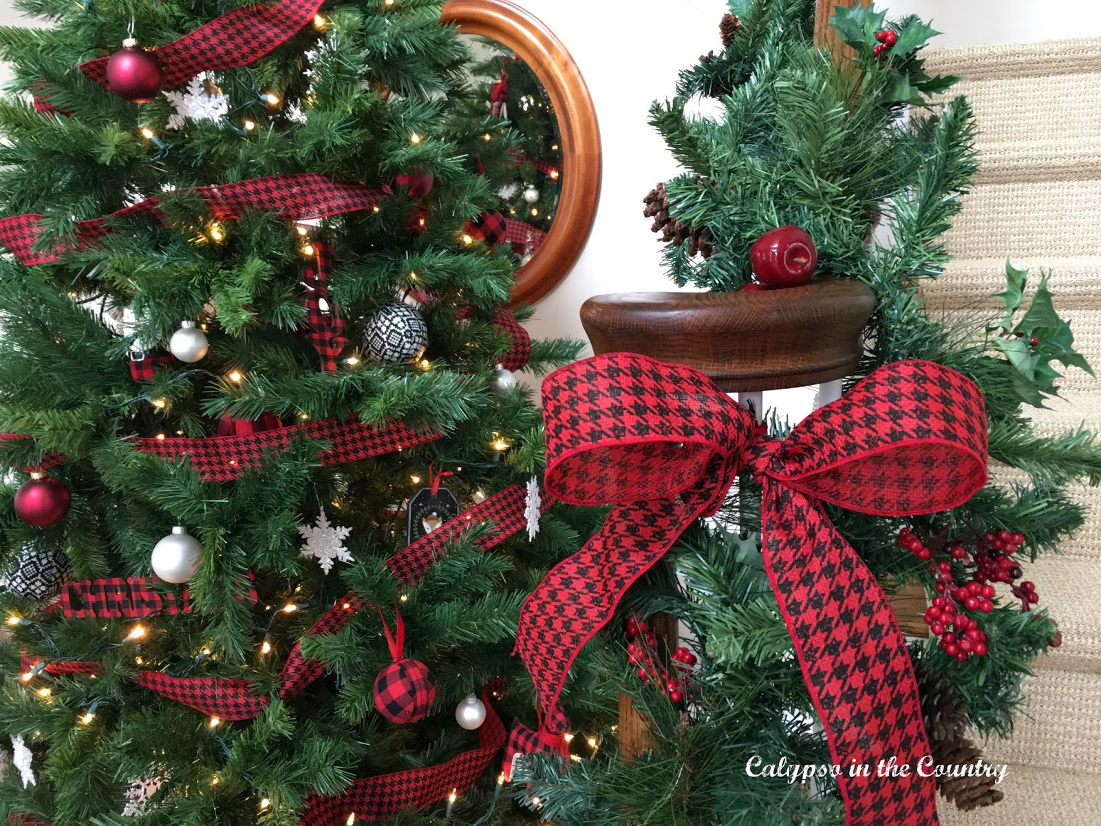 Red and Black Christmas Decor - Holiday House Tour