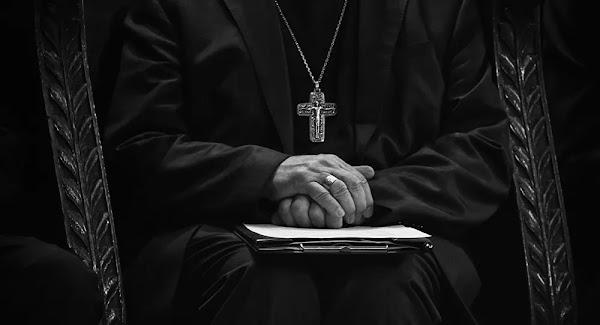 Prêtre catholique (image d'illustration)Des prêtres visés par des lettres au nom d'Allah dans le Vaucluse