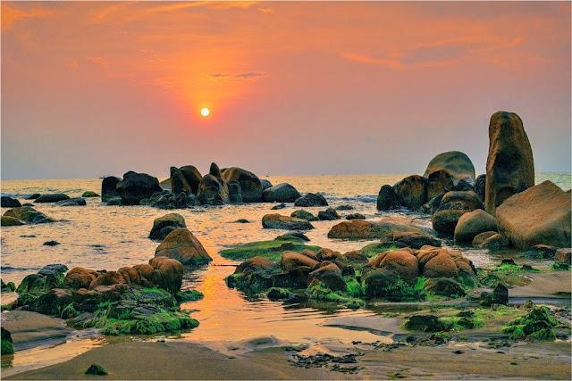 Bãi biển Cổ Thạch