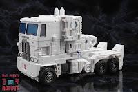 Transformers Kingdom Ultra Magnus 56