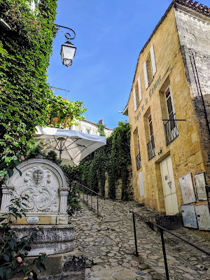 Things to do in St. Emilion: walk the cobbled streets