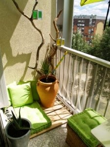 Icono interiorismo 5 ideas para decorar una peque a - Ideas para cerrar una terraza ...